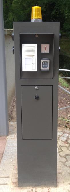 "PKW/Fußgänger Bediensäule"" Modular"""