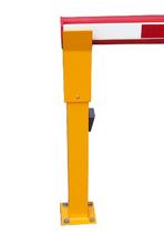 Auflagepfosten für Schranken nicht höhenverstellbar, gelb mit eingebauter Lichtschranke.